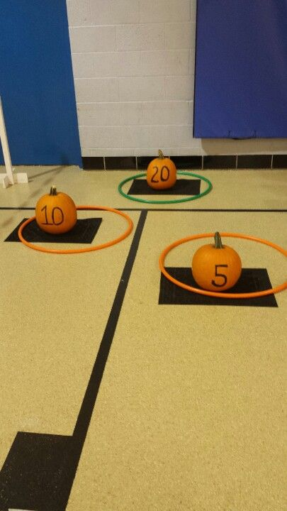 Ring around the pumpkin game super easy and cheap