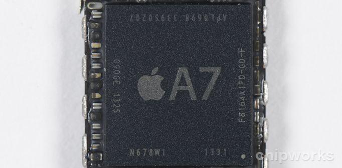 iPhone 5s: Powered by Samsung? - http://apfeleimer.de/2013/09/iphone-5s-powered-by-samsung - Der neue Apple A7 Chip des iPhone 5s macht das neue Flaggschiff zum schnellsten Handy. Durch eine Analyse der Apple A7 ARM CPU stellt sich nun heraus: der 64bit Chip im Apple iPhone 5s wurde von Samsung gefertigt. Dies ist jedoch keinesfalls verwunderlich – bereits die Prozessoren der...