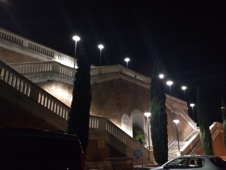 L nuova pubblica illuminazione a Tollo in Piazza Caduti di Nassirya