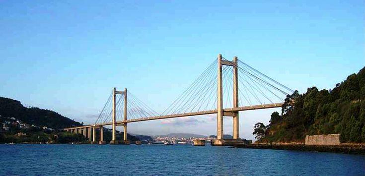 Гид в Виго. Экскурсия в Виго и Байона - Отдых в Испании.  Гиды в Испании. Экскурсии.www.espantodo.es #Гранада #Испания #Путешествие #ОтдыхВИспании Мост между Виго и Байона.
