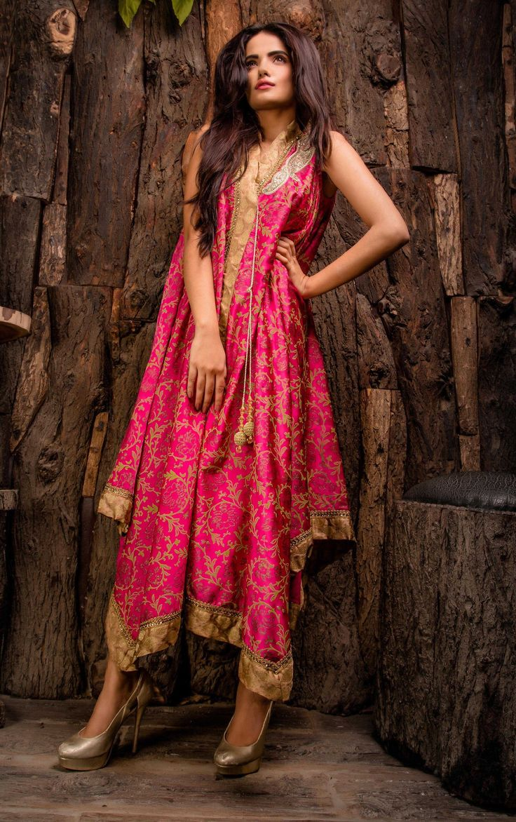 Pakistani Designer Dresses - Lowest Prices - Pink Exclusive Dress by Javeria Zeeshan - Latest Pakistani Fashion