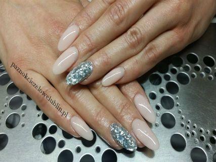 białe paznokcie żelowe - Szukaj w Google
