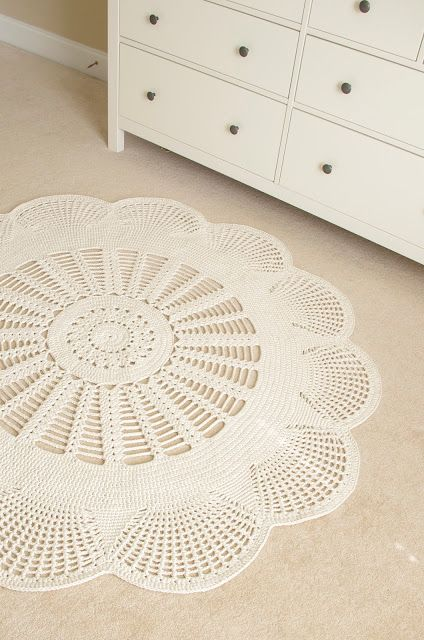 Emily Mega Doily Rug Is Hereby Henna Of Handy Crafter