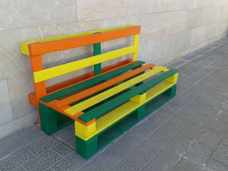 Mejores 10 im genes de mobiliario patio escolar en pinterest for Mobiliario de patio