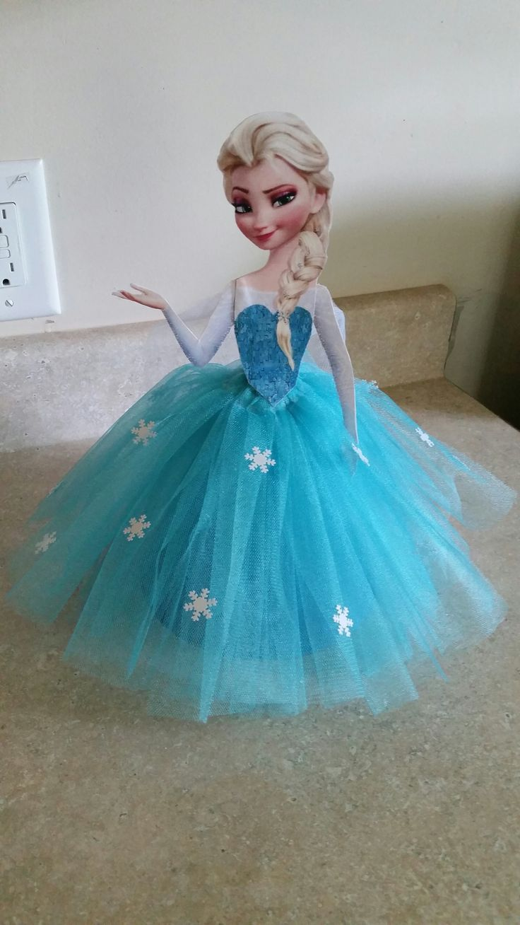 Frozen birthday party, Elsa centerpiece