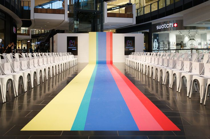 #lifeincolour #colourfulspaces #decor #colour #runway