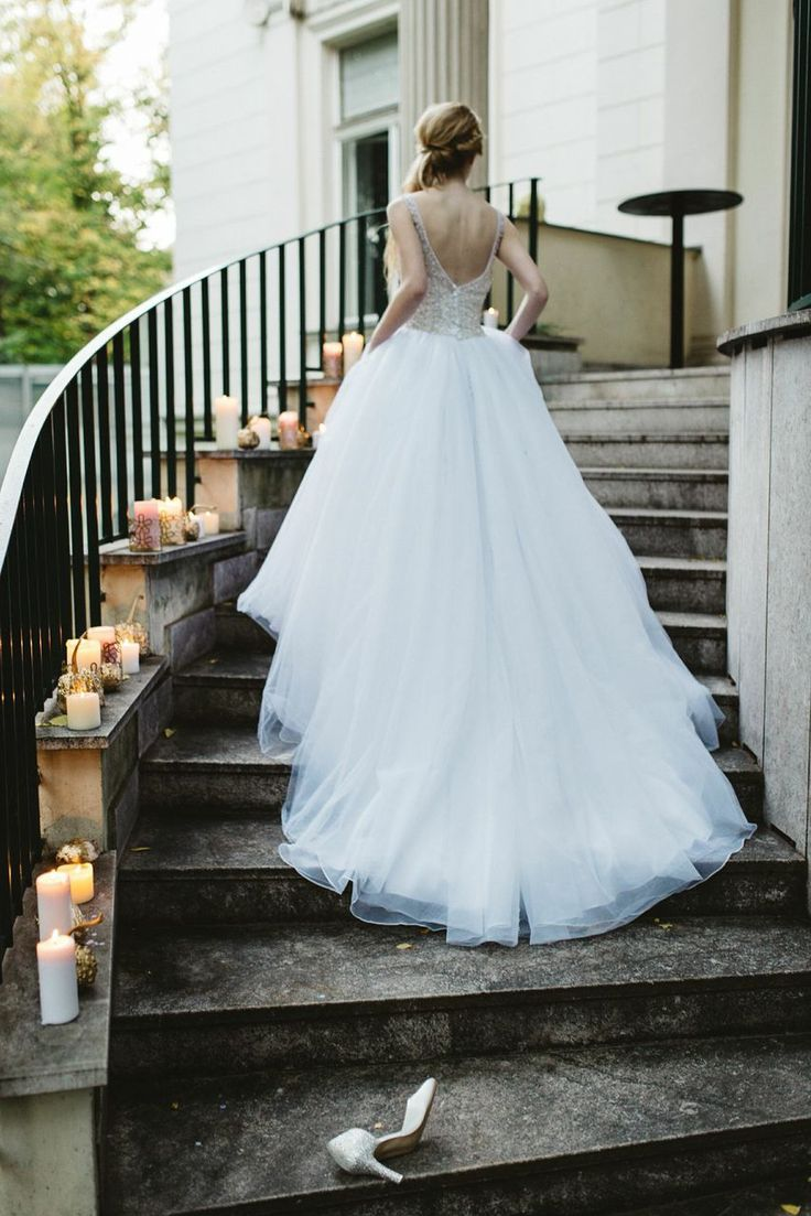 Lighting Basement Washroom Stairs: Cinderella Inspired Wedding With Candles Lined Up The