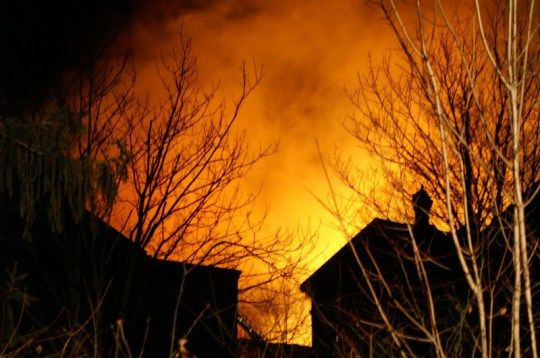 October 26, 2015 By Susan Hall Leave a Comment A Taunton home burned down but luckily the inhabitant survived. This Sunday afternoon, a Taunton home was destroyed by an explosion and the woman insi…