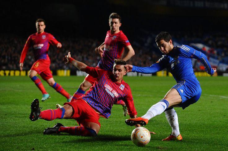 Eden Hazard - Chelsea v FC Steaua Bucuresti