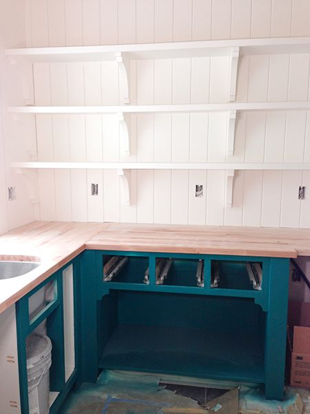 https www.hometourseries.com garage-storage-ideas-makeover-302 - Jenallyson The Project Girl Fun Easy Craft Projects