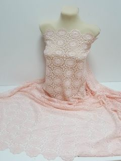 Dantela roz-somon