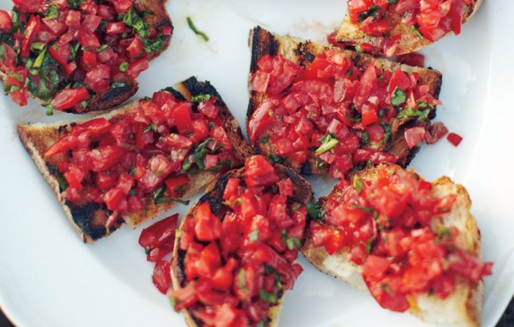 26 Recipes for Toast, Crostini, Bruschetta, and Toppings - Bon Appétit