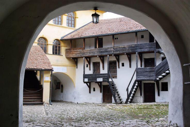 Prejmer - the fortified church. Romania tours   Rolandia