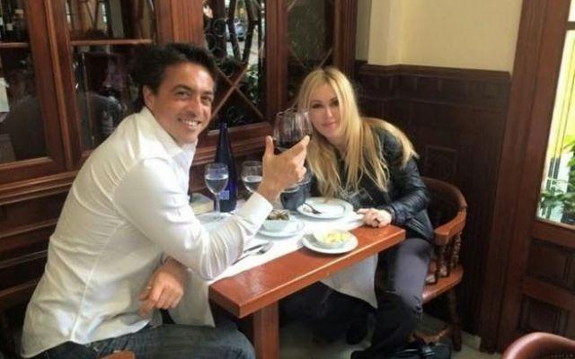 La Criminologa Roberta Bruzzone Brinda Al Divorzio Con L'Ex Marito Massimiliano Cristiano #robertabruzzone #divorzio #criminologa