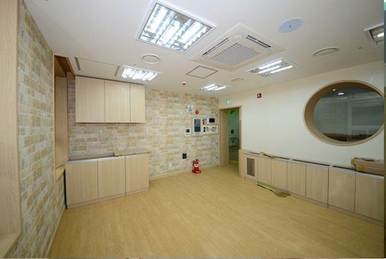 구립새롬어린이집 원장실