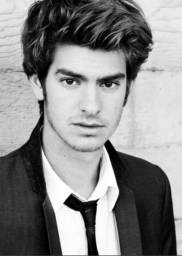 Andrew Garfield, my new obsession.  Please be in more things, I can't keep watching the same episode of Doctor Who.