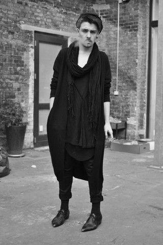 Monki Black Cotton Cardigan, H&M Black Transparent Scarf, Weekday Oversize Grey Wool Cardigan, Secondhand Black Leather Shoes, Secondhand Black Leather Effect Jeans