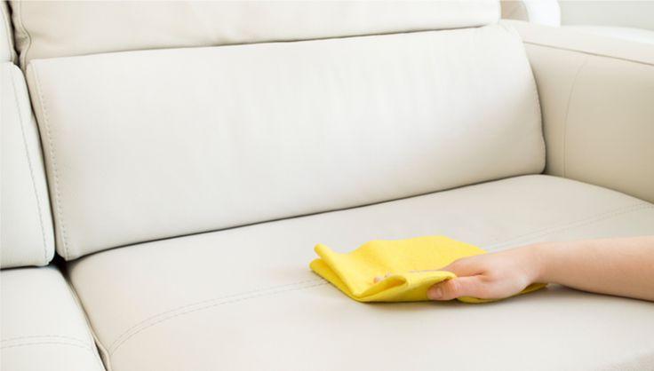 Sofa mit dem richtigen Putzmittel reinigen » Polstermöbel aus Stoff ✔ Leder ✔ Kunstleder ✔ Couch reinigen inkl. Anleitung ✔ Hausmittel: Natron & Essigessenz