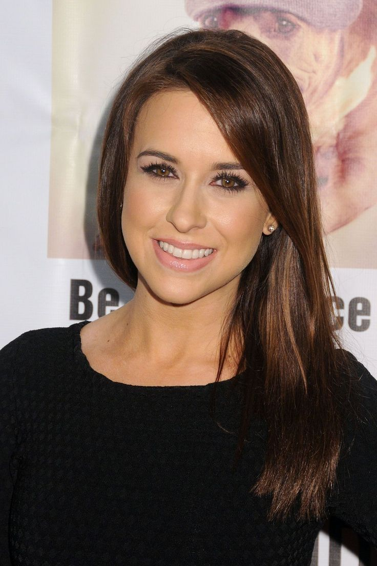 Lacey Chabert attends the Stand Up For Pits Comedy Benefit http://celebs-life.com/lacey-chabert-attends-the-stand-up-for-pits-comedy-benefit/  #laceychabert