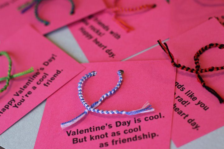 perfect Valentine day project if you have a kid (like I do) who LOVES making friendship bracelets.
