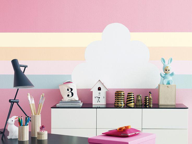 Kącik ucznia #desk #deskview #deskinspiration #farbatablicowa #chalkboard  Ściana pomalowana farbą tablicową Tikkurila Liitu.