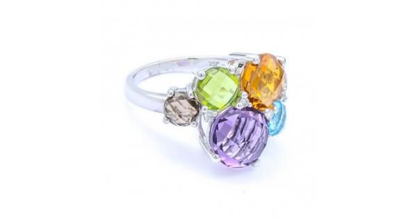 Discover vibrant and elegant gemstone rings in Dubai from a reliable jewelers Eva Gems. We provide unique shape and design such rings since 1966 .