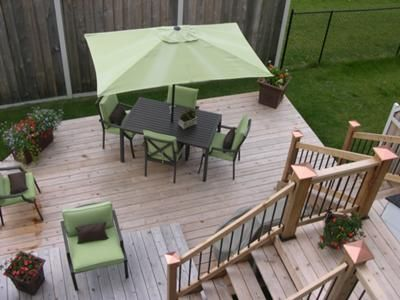 1000 ideas about small backyard decks on pinterest for Townhouse deck privacy ideas