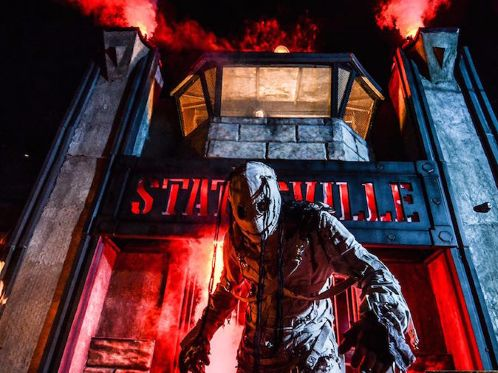 Statesville Haunted Prison contains 23 maximum security cells where visitors come eye to eye with ov... - Facebook / Statesville Haunted Prison