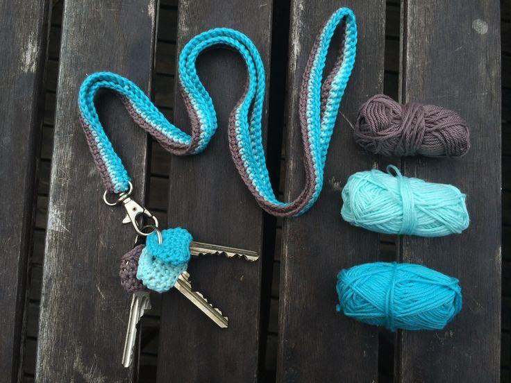 Nyckelband virkade i minibomull från Järbo Garn. Gratis mönster på bloggen. Minibomull hottar du i butiken.