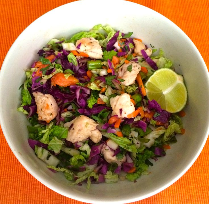 Thai Citrus Chicken Salad -hai Inspired Chopped Salad This colorful bowl of veggies and chicken is easy to make and full of flavor!#papaya #salad #eatseasonably