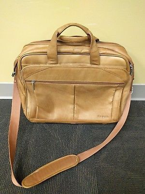 SOLO Executive Leather Rolling Briefcase LUGGAGE Travel Bag LAPTOP Carry On