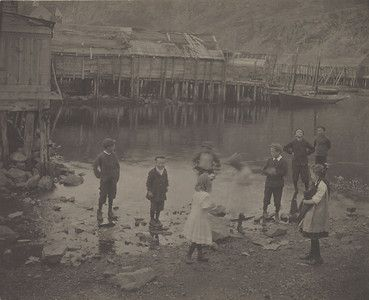 """Untitled (Children, Newfoundland), 1912, Gertrude Kasebier. University of Delaware Collection, gift of Mason E. Turner Jr, 1979. Featured in March 2013 article, """"Gertrude Kasebier: Two Exhibitions In Delaware."""""""