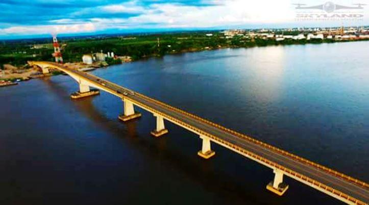 Colombia - Puente, Guillermo Gaviria Correa o Yondó, sobre el río Magdalena, Santander.