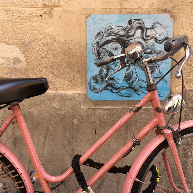 #Pink #bicykle #rower #Wenus #streetart #różowy #rower Italian Color inspiration from Pisa  (Italy)  Photo by Olka Barczak - CollageBlog