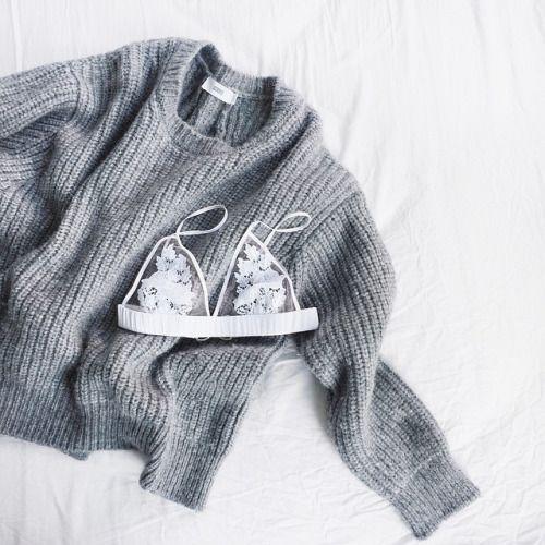 kupuj taniej z madamsale. zobacz jak to robić: http://beauty-fashion-shopping.pl/2015/02/28/jak-nie-przegapic-okazji-cenowej-w-sklepie/  bielizna koronkowa biustonosz koronkowy biały