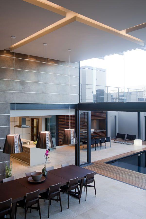 indoor/outdoor space   Nico Van Der Meulen Architects
