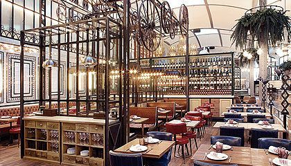 El Nacional. Amazing and elegant place with a different kind of restaurants.