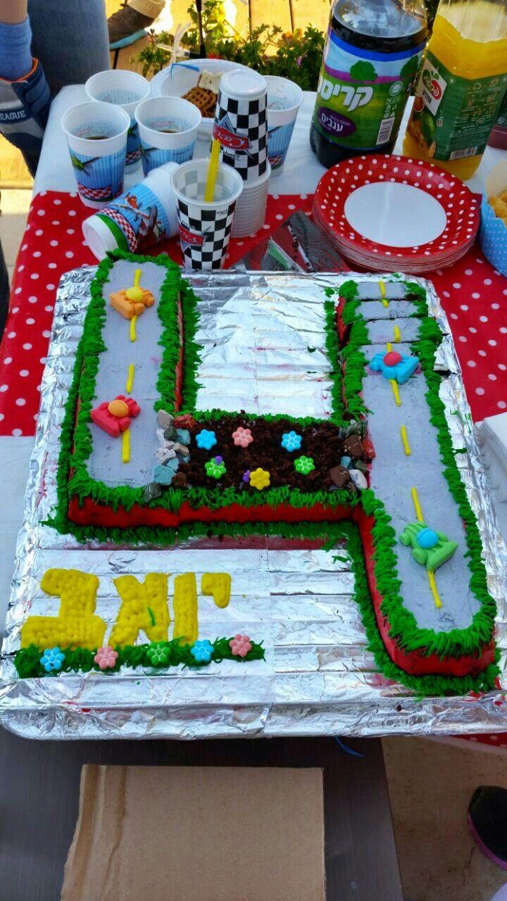 4 boy cake