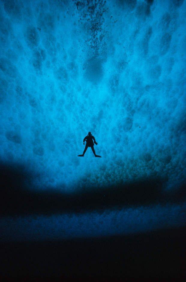Au large de la base américaine McMurdo (Antarctique, 1986)