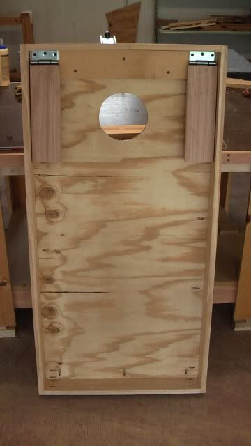 Cornhole boards with hinge legs