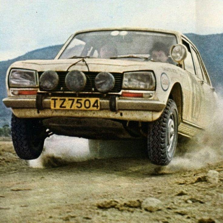 Peugeot 504 in ca. 1971 East African Safari rally