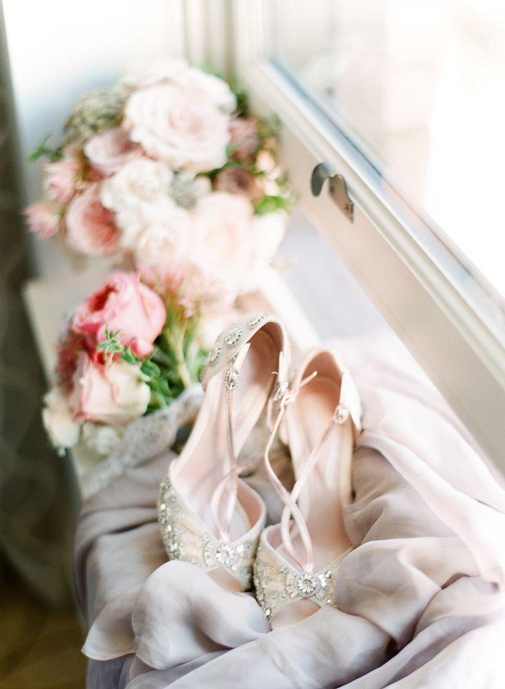 Blog - Chandelier Wedding   Vancouver Wedding and Floral Designer