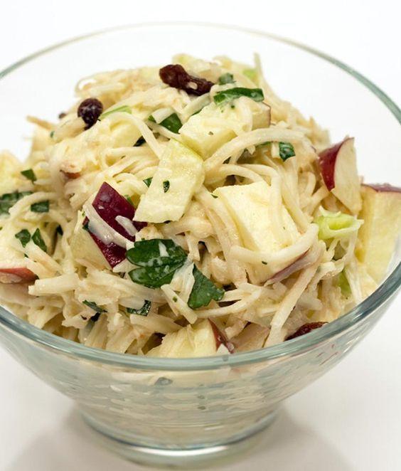 Salade de pommes, de céleri-rave et d'Emmental Riviera | Recettes d'ici