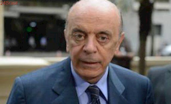 Ministro de Relações Exteriores, José Serra, lamenta perda do amigo Mário Soares