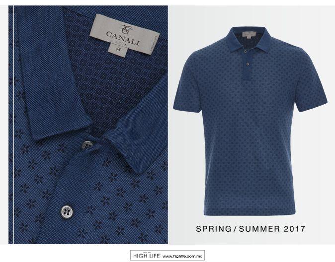 Esta sofisticada camisa tipo polo se diferencia por su efecto de microestampado, su elaboración en algodón crea un aspecto dinámico y elegante. #Canali