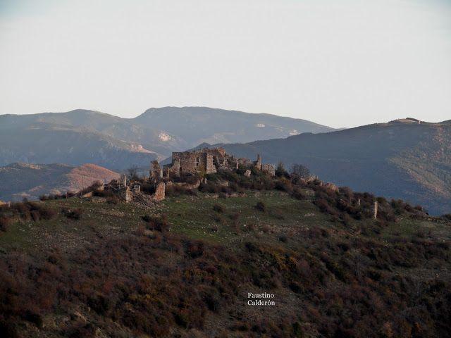Pueblos deshabitados: La Bastida de Bellera #pallarsjussa #despoblats #pueblosabandonados Vistes generals