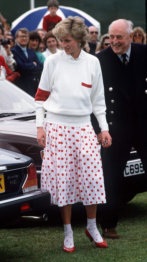 Diana Princess of Wales style: This was in the Year of Spots. Even the socks had spots on them. It was cute, but getting old.
