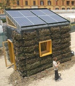 Lègologica: la micro-casa green al Maxxi di Roma  http://www.ilsostenibile.it/2012/07/03/legologica-la-micro-casa-green-al-maxxi-di-roma/#
