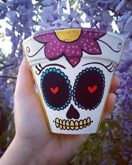 Vasinho pintado a mão. Caveira mexicana - Terapip Estúdio Criativo.  > Loja online