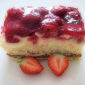 Erdbeer Pudding Kuchen mit Schuss   erdbeerlounge.de